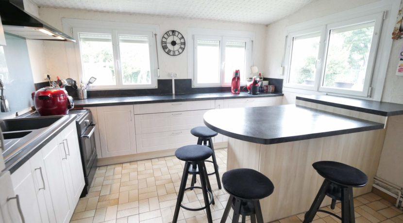 image de cuisine de maison a vendre a mericourt par lecou-immobilier vitry-en-artois P1070186