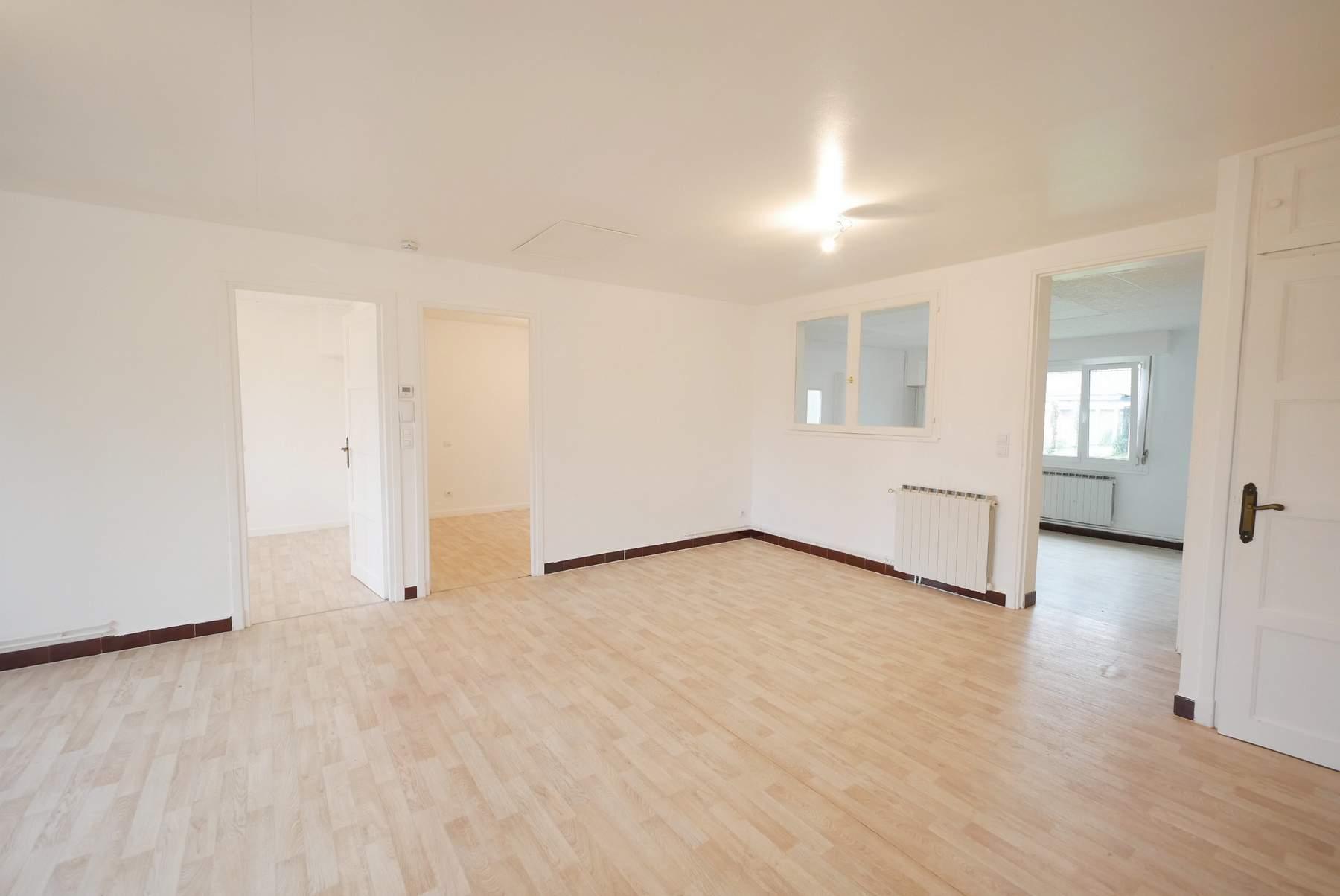 Maison de plain-pied sur 376 m² secteur Douai