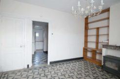 Image de maison-appartement à louer à Brebières