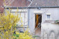 image de maison à rénover par lecou immobilier vitry