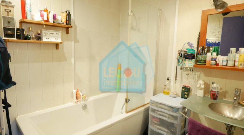 _image de salle de bain + fi par lecou-immobilier Méricourt_1080403