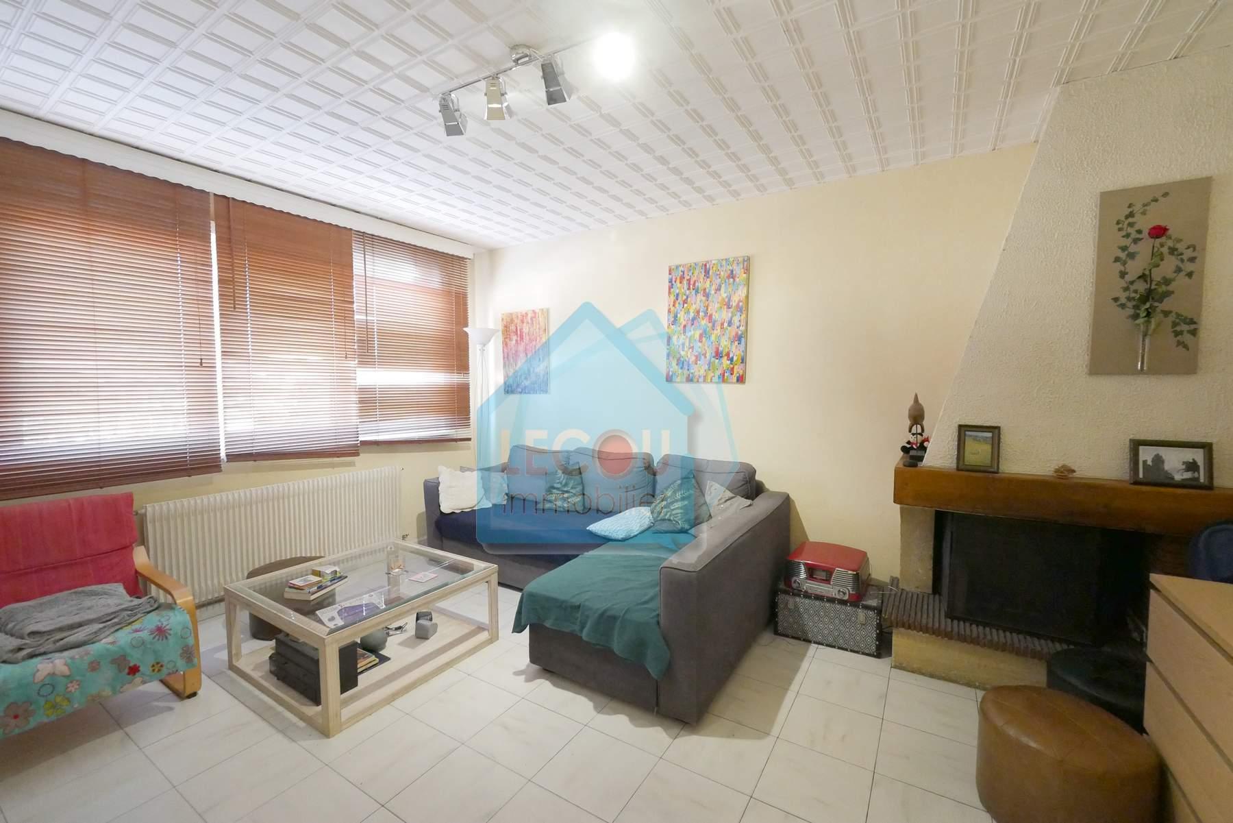 Maison en 4 chambres sur 349 m²