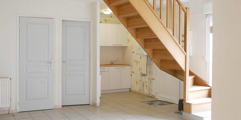 img src=sejour-appartement-t3.jpeg alt=vue-2-sejour-appartement-t3-lecou-immobilier