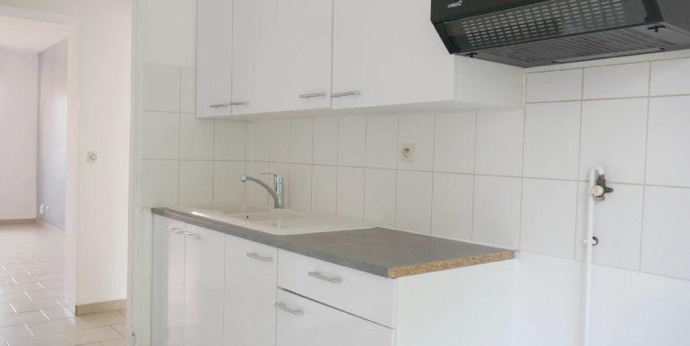 Img src=httpsimg.lecou.immobilier-lil143-appartement-type-3-lot-4-mericourt-location-lil131_.jpgP1040681