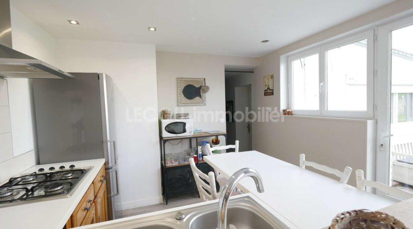 image de pavillon individuel 5 pièces par lecou immobilier_P1090208