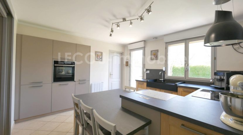 image de cuisine de pavillon individuel par lecou-immobilier arras douai lens_1090583