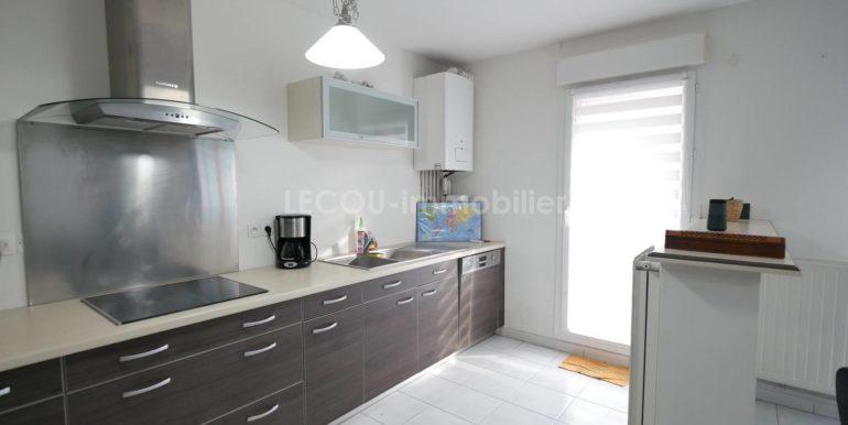 image de cuisine appartement 3 piècesP1090771