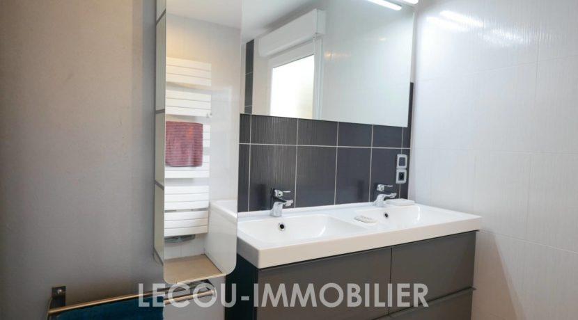 image de pavillon vitryenartois liv232 lecou-immobilier salle de bain rdc