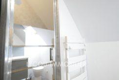 image de pavillon vitryenartois liv232 lecou-immobilier salle de douche étage
